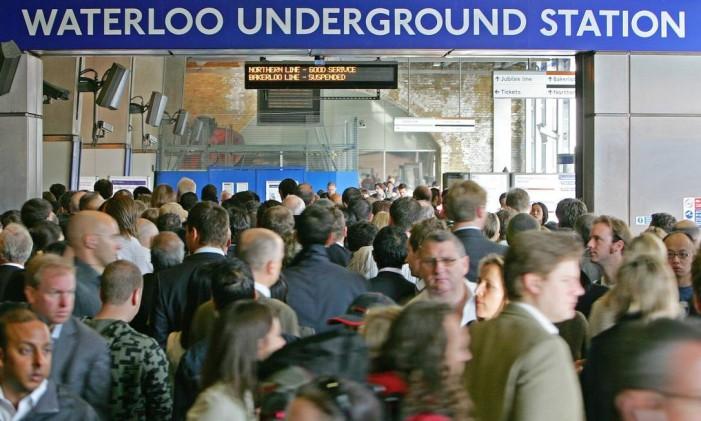 Estação Waterloo, em Londres Foto: Carl de Souza / AP