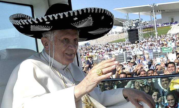 O então Papa Bento XVI durante visita ao México Foto: AP/25.03.2012