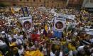 Manifestantes chamam presidente Juan Manuel Santos de 'traidor' em protesto em Cáli Foto: JAIME SALDARRIAGA/Reuters