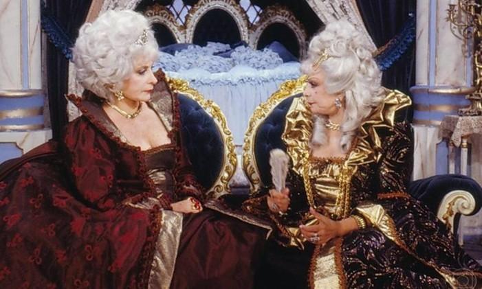Tereza Rachel e Dercy Gonçalves em 'Que rei sou eu?' Foto: Reprodução