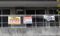 Na foto, anúncio de venda de imóvel na Lagoa, Rio de Janeiro Foto: Márcio Alves / Agência O Globo