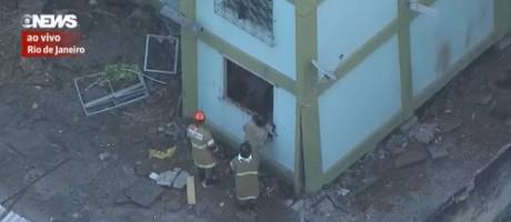 Bombeiros fazem resgate em prédio que sofreu explosão na Fazenda Botafogo Foto: Reprodução / GloboNews TV