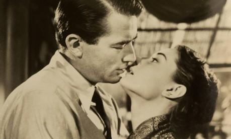 """Comédia romântica. Gregory Peck e Audrey Hepburn em cena de """"A princesa e o plebeu"""" (1953) Foto: Reuters/Paramount"""