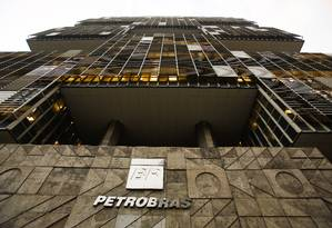 Fachada da sede da Petrobras, no Centro do Rio Foto: Guilherme leporace / Agência O Globo