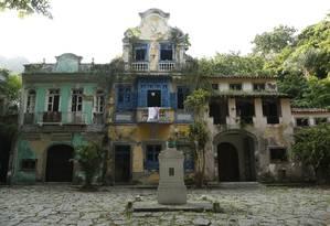 Casas do Largo do Boticário são tombadas desde 1990 Foto: Bárbara Lopes / Agência O Globo