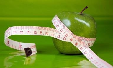 É preciso ter cuidado e estar atento aos alimentos para uma boa dieta Foto: O Globo