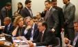 Relator apresenta voto favorável à adimissibilidade do processo de impeachment de Dilma