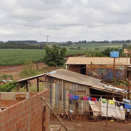 O Assentamento Itamarati, implantado em 2002 em Ponta Porã no Mato Grosso do Sul Foto: Michel Filho / Agência O Globo / 15-4-2013