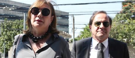 Mirian Dutra chega à PF em São Paulo, acompanhada de advogado, para prestar depoimento Foto: Marcos Alves / Agência O Globo