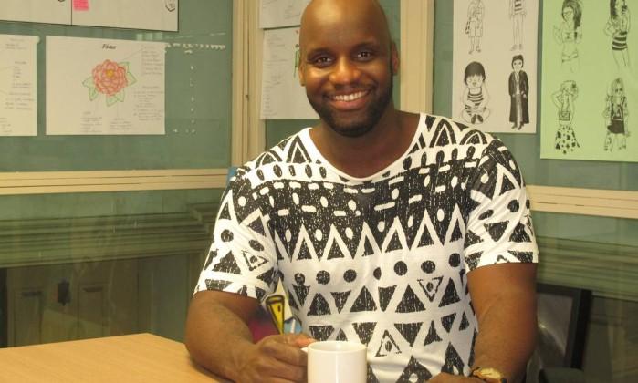 """Marcello Duguettu: """"Quero que outros negros tenham protagonismo para dividir comigo o peso da mochila"""" Foto: Mauro Ventura / O GLOBO"""
