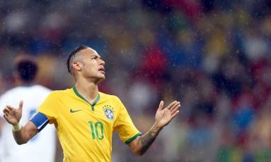 Neymar ficou de fora da convocação da seleção brasileira após acordo com o Barcelona Foto: JEFFERSON BERNARDES / AFP