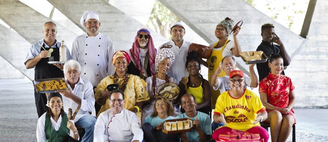 Alguns dos 19 chefs ambulantes que estarão no Gastronomia de Rua, que acontece no Flamengo Foto: Ana Branco / Ana Branco