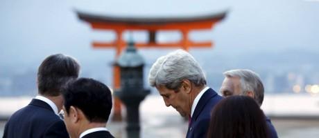 Kerry faz visita a Hiroshima Foto: JONATHAN ERNST / REUTERS