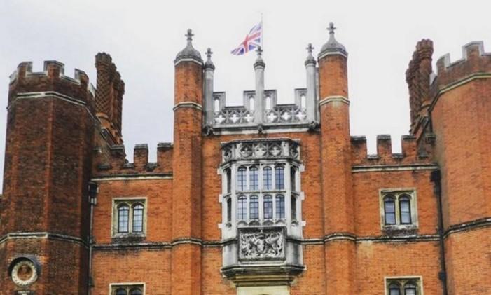 Hampton Court: o palácio de Henrique VIII, Inglaterra Foto: @renatacrippa / Instagram