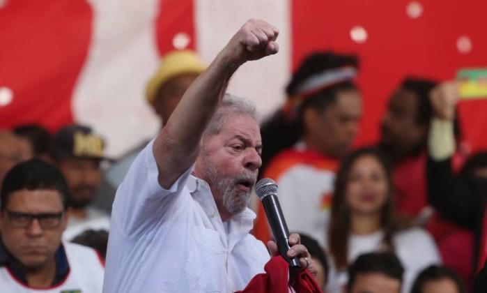 Resultado de imagem para Lula em discurso