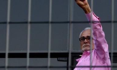 Genoino ao se entregar à Polícia Federal: condenação no STF Foto: FELIPE RAU / Felipe Rau/15-11-2013