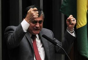 Deputado José Guimarães, líder do governo na Câmara Foto: Jorge William / Agência O Globo