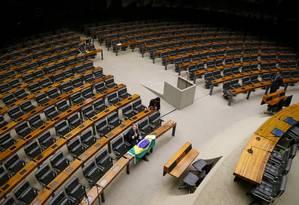 O plenário da Câmara dos Deputados antes da votação do impeachment Foto: Ailton Freitas / Agência O Globo / 17-4-2016