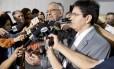Os senadores Cristovam Buarque (PPS-DF), Alberto Capiberibe (PSB-AP) e Randolfe Oliveira (Rede-AP)