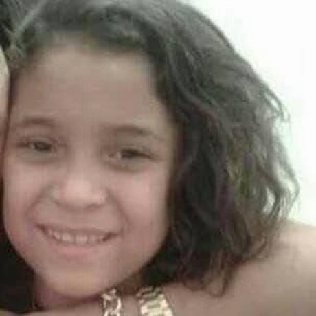 Jenifer Caroline, de 11 anos, morreu com um tiro na cabeça na Rocinha Foto: Reprodução