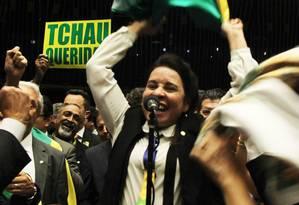 A deputada Raquel Muniz (PSB-MG) na votação do impeachment na Câmara Foto: Jorge William / Agência O Globo / 17-4-2016
