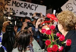 A presidente Dilma Rousseff é recebida por brasileiros em Nova York Foto: Roberto Stuckert Filho/21-4-2016