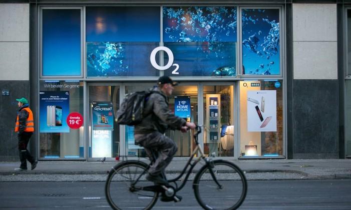 Loja da operadora O2, da Telefonica Deutschland, em Berlim, Alemanha Foto: Krisztian Bocsi / Bloomberg