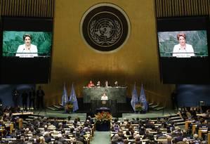 A presidente Dilma Rousseff discursou no plenário da ONU, em evento de assinatura do acordo climático Foto: AFP