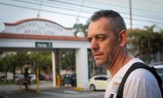 Sidnei entrou em regime de lay-off após 11 anos como metalúrgico da GM Foto: Marcos Alves
