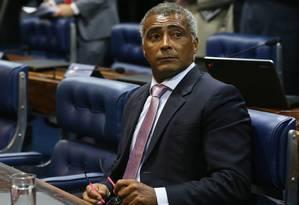 O senador Romário (PSB-RJ) no plenário Foto: Ailton de Freitas / Agência O Globo