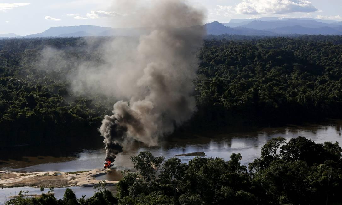 O território Yanomami, onde foi realizada a operação, tem cerca de 9,5 milhões de hectares, o equivalente ao dobro da área da Suíça. Vinte e sete mil índios moram na região BRUNO KELLY / REUTERS