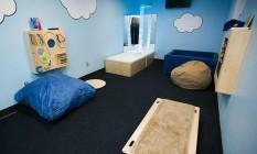 Sala multissensorial no aeroporto de Atlanta, para passageiros com autismo Foto: Delta / Divulgação