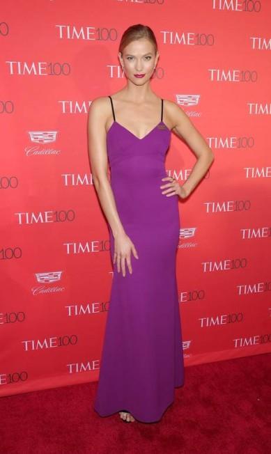Karlie Kloss, eleita uma das modelos mais influentes do mundo fashion, também compareceu Neilson Barnard / AFP