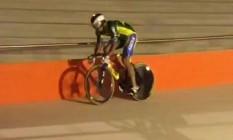 Ciclistas testam o velódromo do Parque Olímpico Foto: Reprodução de vídeo