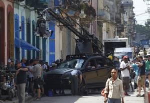 """Equipe da franquia """"Velozes e furiosos"""" se prepara para a filmagem em Havana Foto: STRINGER / Reuters/22-4-2016"""
