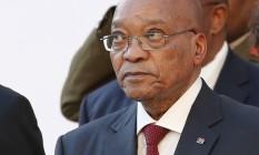 Em 11 de fevereiro de 2016, presidente Jacob Zuma chega ao Parlamento na Cidade do Cabo Foto: Mike Hutchings / AP