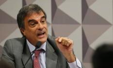 O advogado-geral da União, José Eduardo Cardozo, na comissão do impeachment do Senado Foto: Ailton Freitas / Agência O Globo