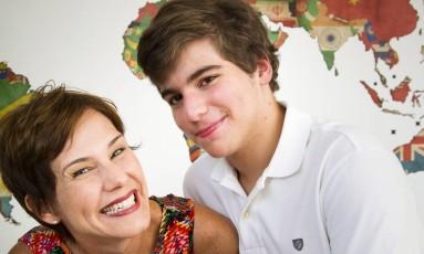 """A popular e o clássico: """"Meu filho é uma alma velha num corpo de criança"""" Foto: Mônica Imbuzeiro / Agência O Globo"""