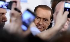 Berlusconi, em imagem de 2011: cerco fechado ao ex-premier Foto: FILIPPO MONTEFORTE / AFP