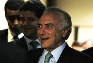 O vice-presidente Michel Temer, deixa a vice- presidência após reuniões no Palácio do Planalto Foto: Jorge William / Agência O Globo / 26-4-2016