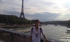 Tony Castro em Paris Foto: Reprodução Facebook