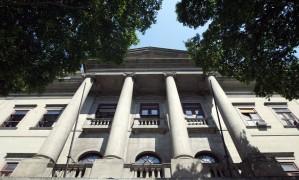 Em maio de 1916, a Sociedade Brasileira de Ciências, rebatizada como Academia Brasileira de Ciências, foi fundada na Escola Politécnica do Rio de Janeiro, que hoje abriga o Instituto de Filosofia e Ciências Sociais da UFRJ Foto: Sérgio Borges / Agência O Globo
