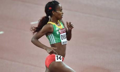 De volta: Genzebe Dibaba volta vai disputar uma Olimpíada depois de se lesionar às vésperas dos Jogos de Londres Foto: PEDRO UGARTE / Agência O Globo