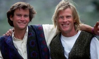 Alex Lowe (à esq) — fotografado com Conrad Anker — e David Bridges eram amigos íntimos, bem como parceiros de escalada Foto: Fundação Alex Lowe