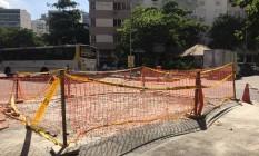 O local onde uma cratera se abriu em Ipanema Foto: Guilherme Ramalho / Agência O Globo