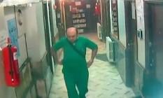 Médico Mohammed Maaz é visto em imagens Foto: Reprodução