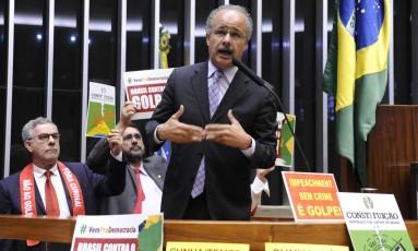 Para o deputado Vicente Cândido (PT-SP), a proposta de convocar novas eleições pode ser considerada inconstitucional Foto: GUSTAVO LIMA / Agência Câmara / Arquivo 16-04-2016