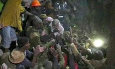 Autoridades descreveram o resgate da menina como um milagre Foto: Reuters/Cruz Vermelha do Quênia
