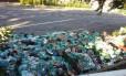 Leitora denuncia acúmulo de lixo na Uerj Foto: Foto enviada pela leitora Fatima Ramalho pelo WhatsApp do Globo / Eu-Repórter