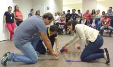 Capacitação. Profissionais de Educação Física têm aulas para aprender a lidar com pessoas deficientes Foto: Divulgação